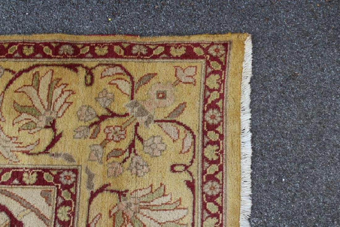 Vintage and Finely Handwoven Roomsize Carpet. - 3