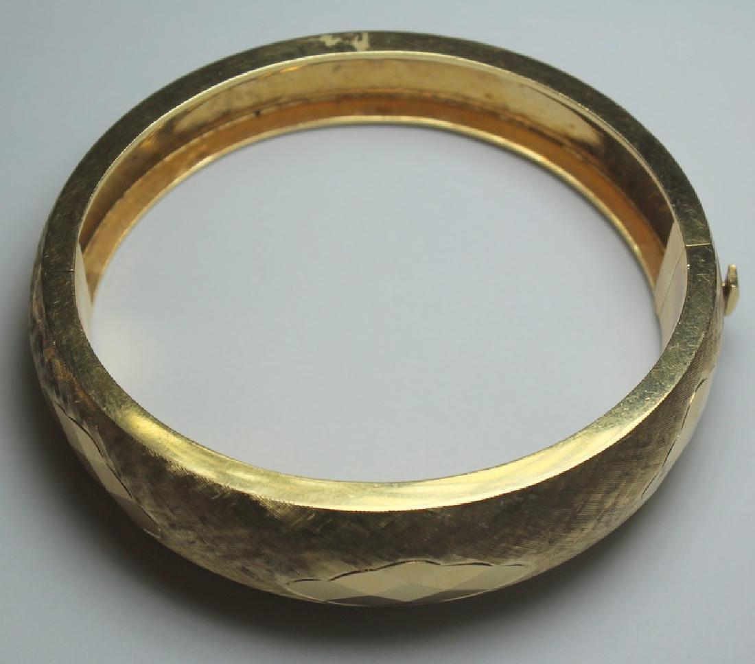 JEWELRY. Signed 14kt Gold Bracelet. - 2