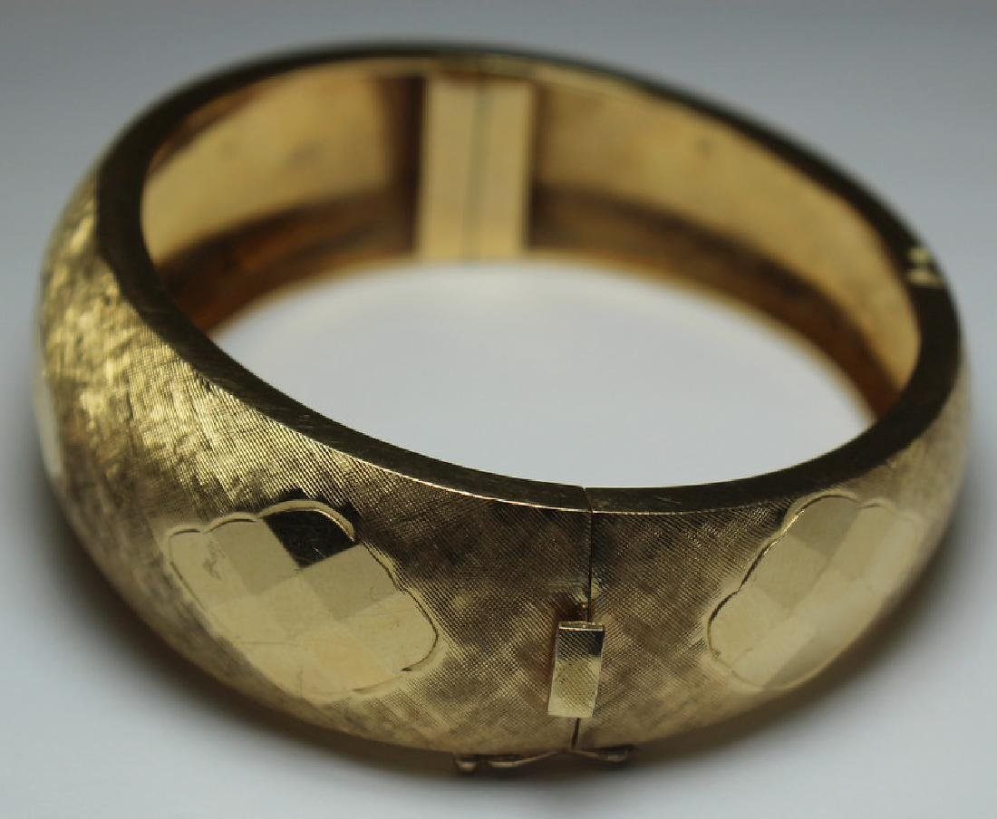 JEWELRY. Signed 14kt Gold Bracelet. - 3