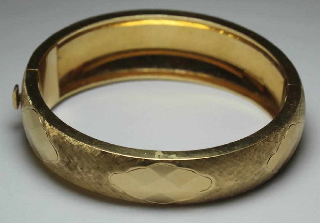 JEWELRY. Signed 14kt Gold Bracelet. - 4
