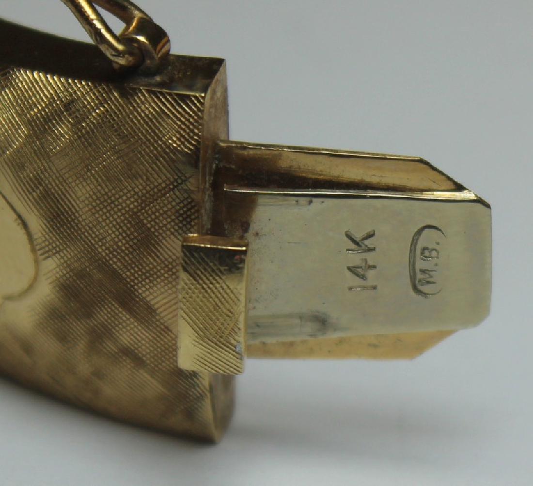 JEWELRY. Signed 14kt Gold Bracelet. - 6