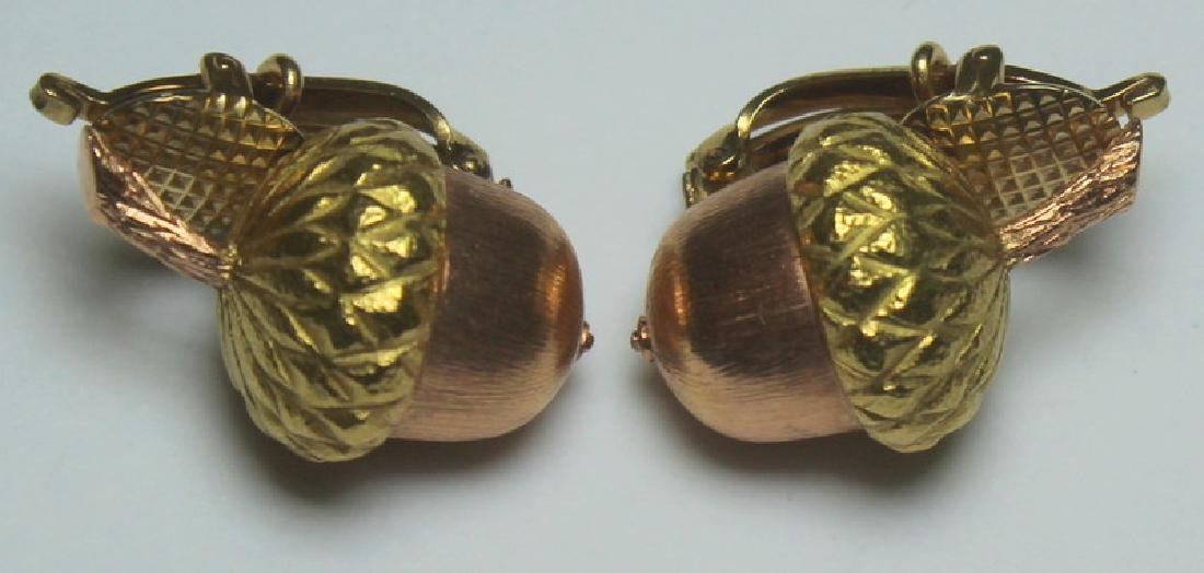 JEWELRY. Buccelatti STYLE 14kt Gold Acorn Form Ear