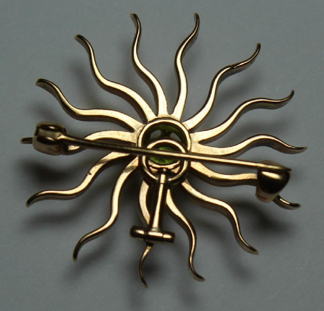 JEWELRY. 14kt Gold Starburst Form Pendant/Brooch. - 3