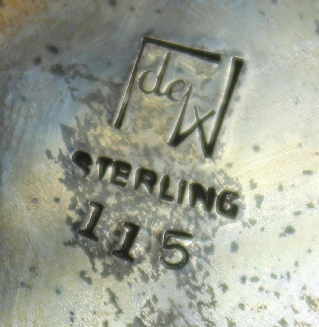 STERLING. Sterling Center Bowl with Foliate Base. - 6