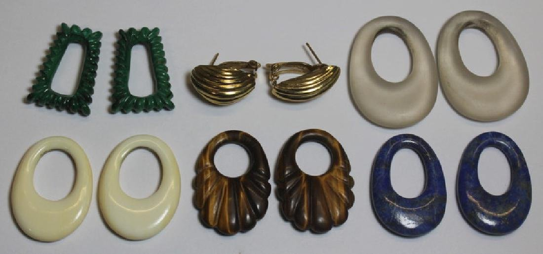 JEWELRY. Assorted Ladies Jewelry Grouping Inc Gold - 5