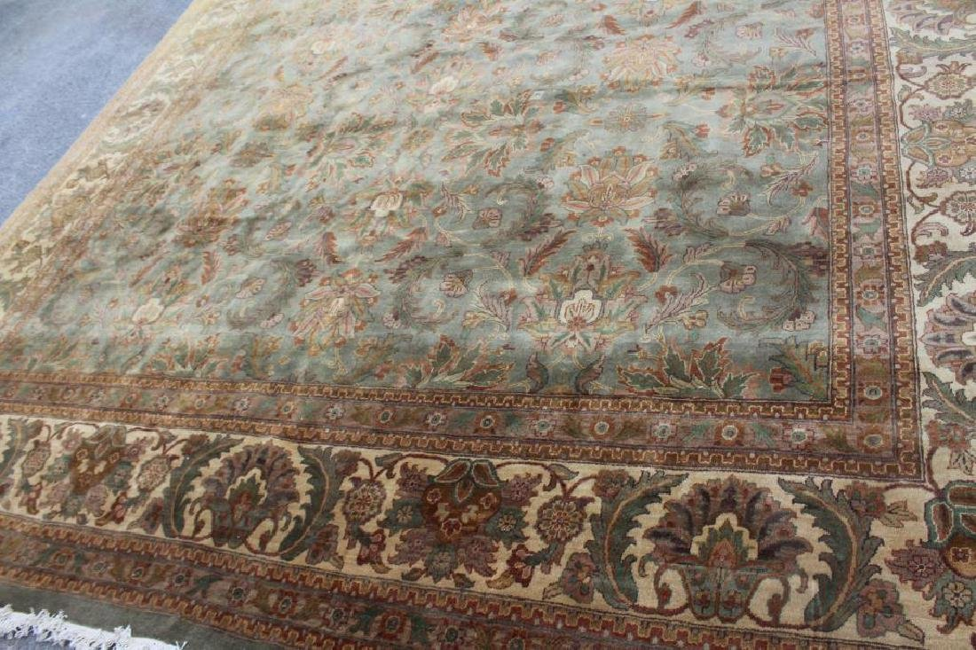 Large Vintage and Finely Handwoven Carpet . - 2