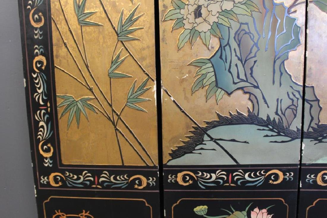 A Pair of Lacquered and Decorated 8 Panel Screens. - 5