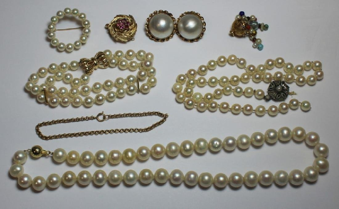 JEWELRY. Pearl and Gold Jewelry Grouping.