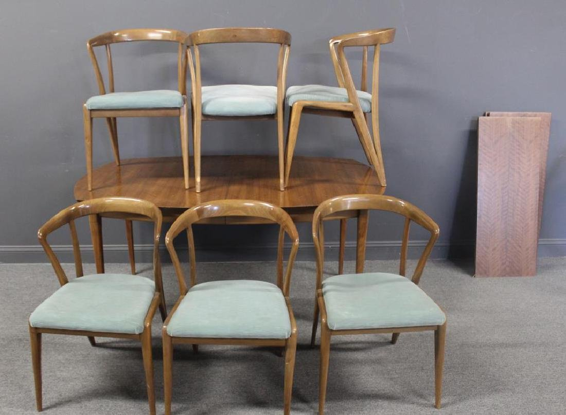 MIDCENTURY. Dining Table, 3 Leaves and 6 Chairs.