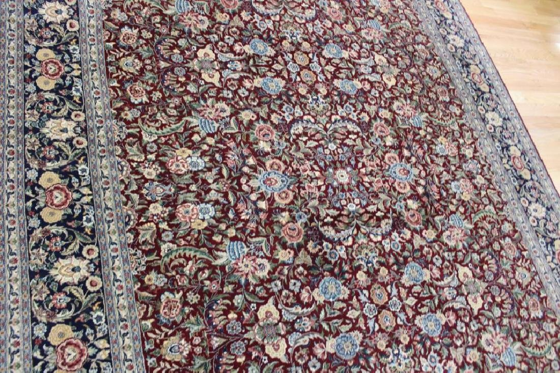 Vintage and Finely Hand Woven Roomsize Carpet . - 3