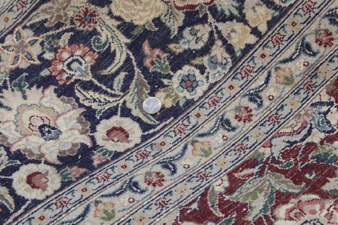 Vintage and Finely Hand Woven Roomsize Carpet . - 5