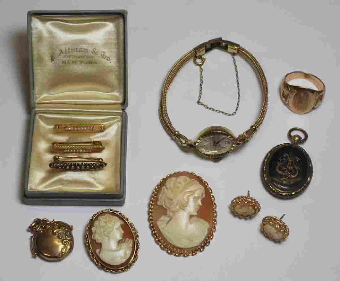 JEWELRY. Assorted Gold Jewelry Grouping.