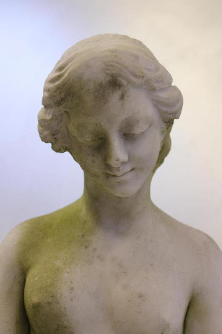 APPARENTLY Unsigned. Marble Female Nude Statue. - 2
