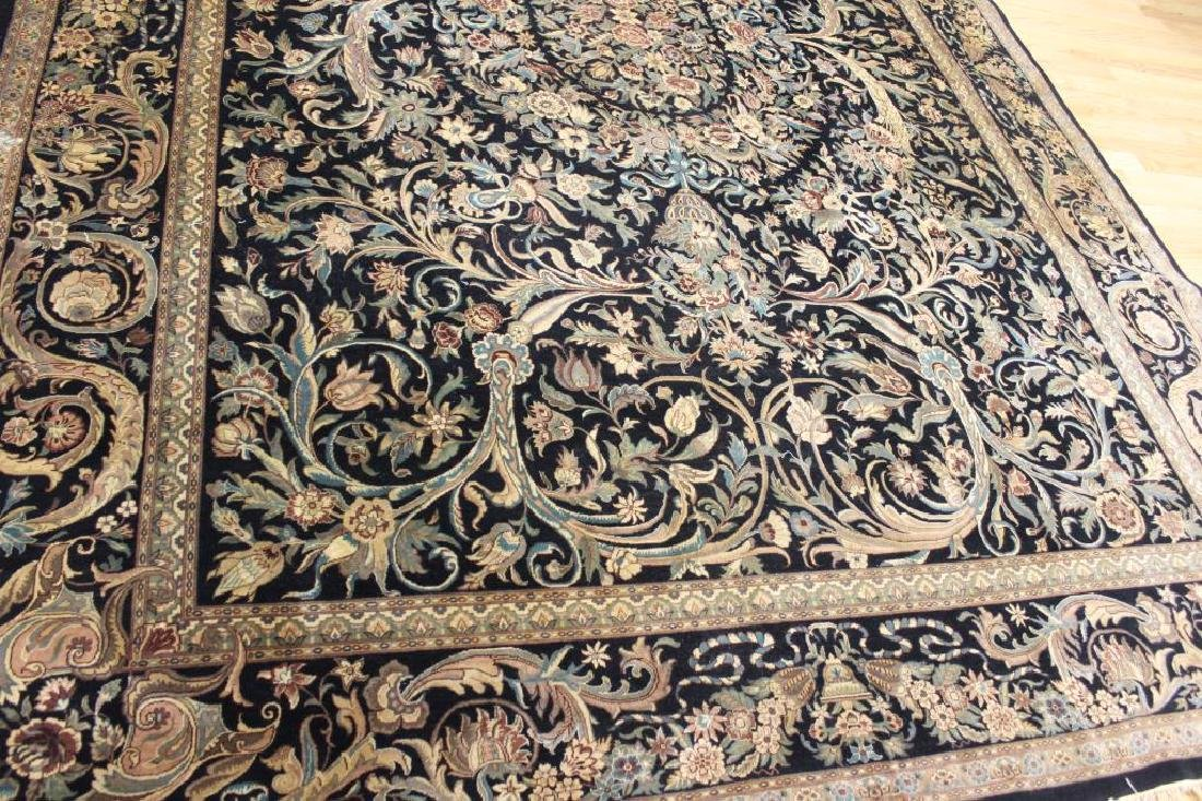 Impressive and Finely hand Woven Roomsize Carpet - 2