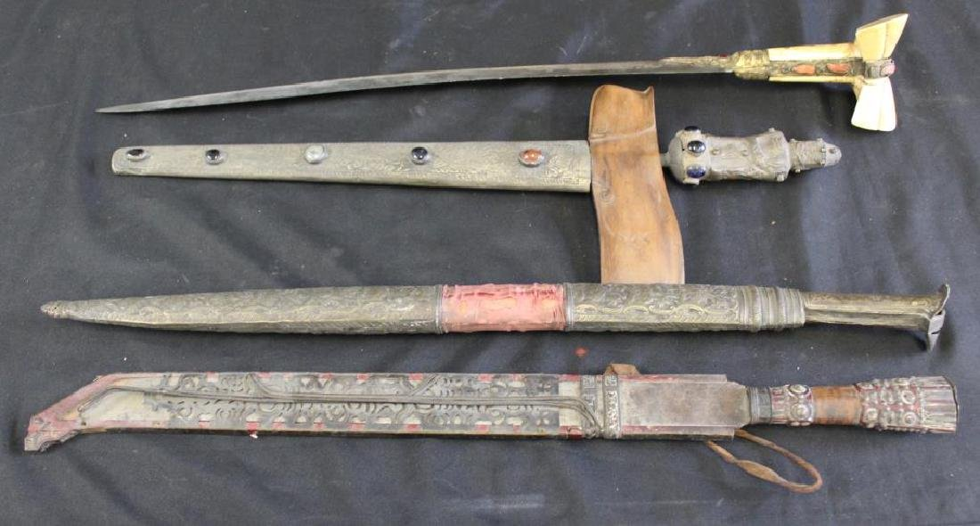 Lot Of Assorted Antique Weapons .