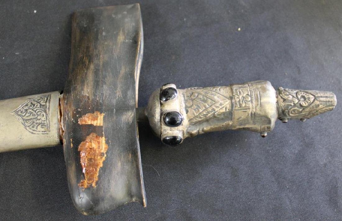 Lot Of Assorted Antique Weapons . - 7