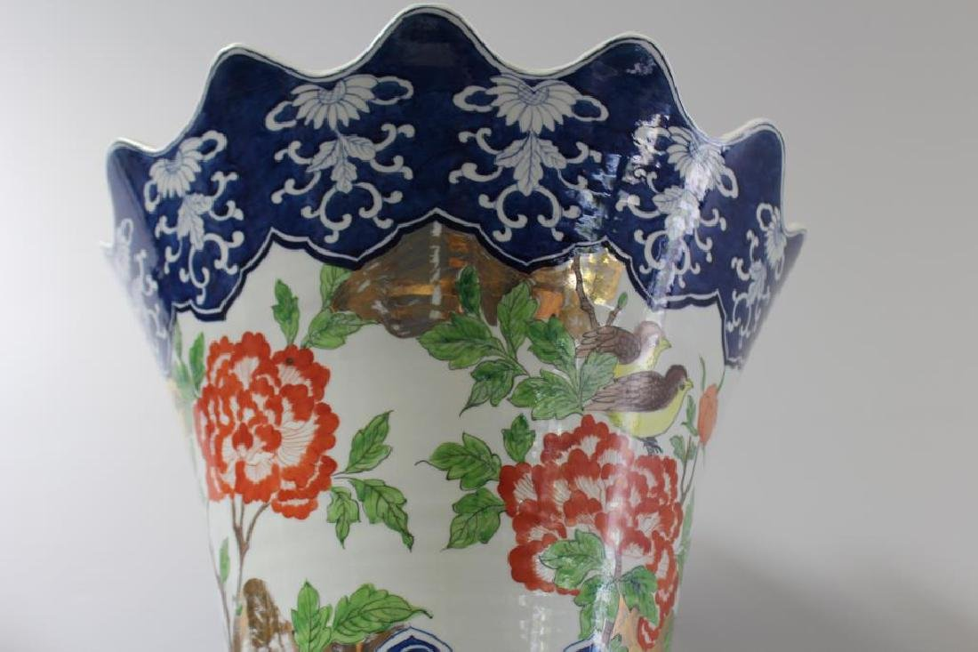 Pair Of Fine Quality Palace Size Enamel Decorated - 5