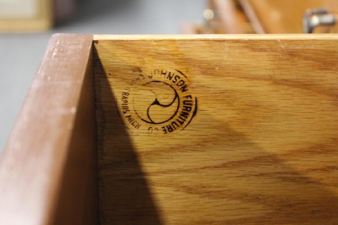 MIDCENTURY. Paul Frankl Double Dresser - 8