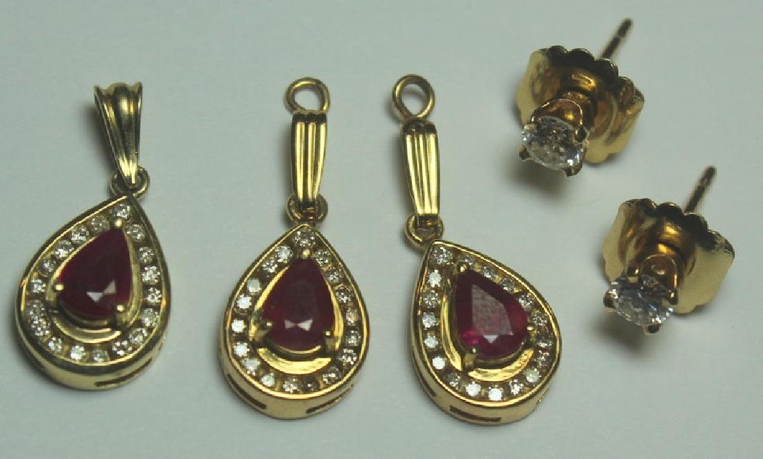 JEWELRY. Gold, Ruby, and Garnet Jewelry Grouping. - 8