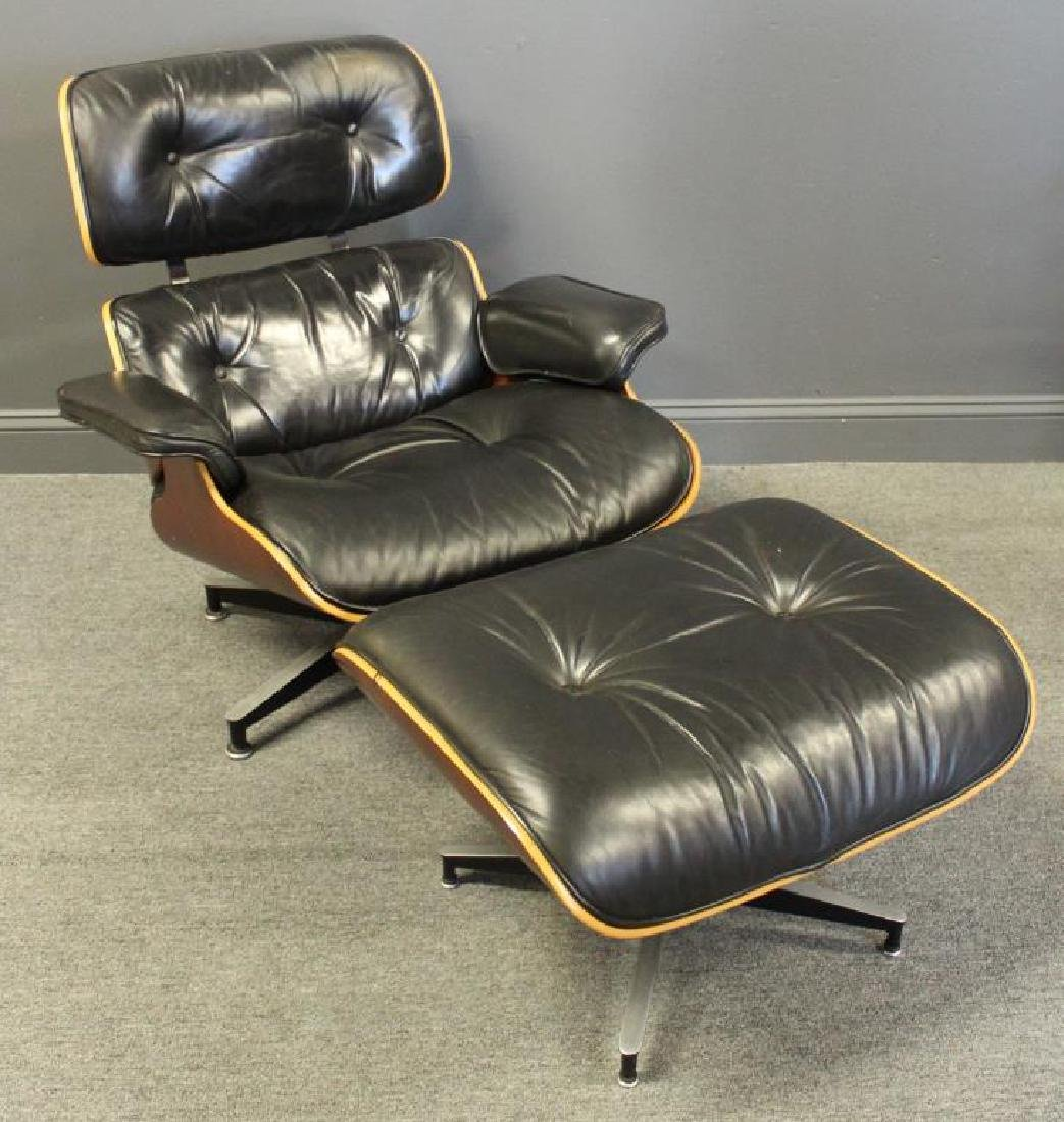 MIDCENTURY. Charles Eames Lounge Chair and Ottoman