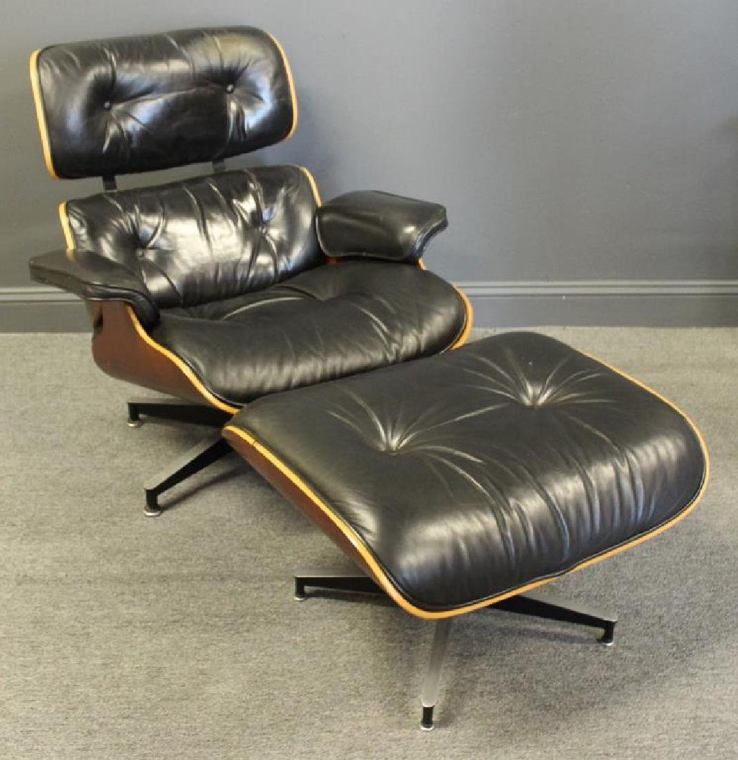 MIDCENTURY. Charles Eames Lounge Chair and Ottoman - 2