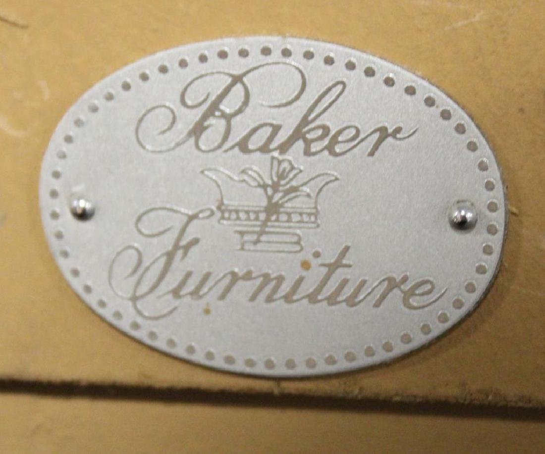 BAKER. Signed Carved Giltwood mirror - 8