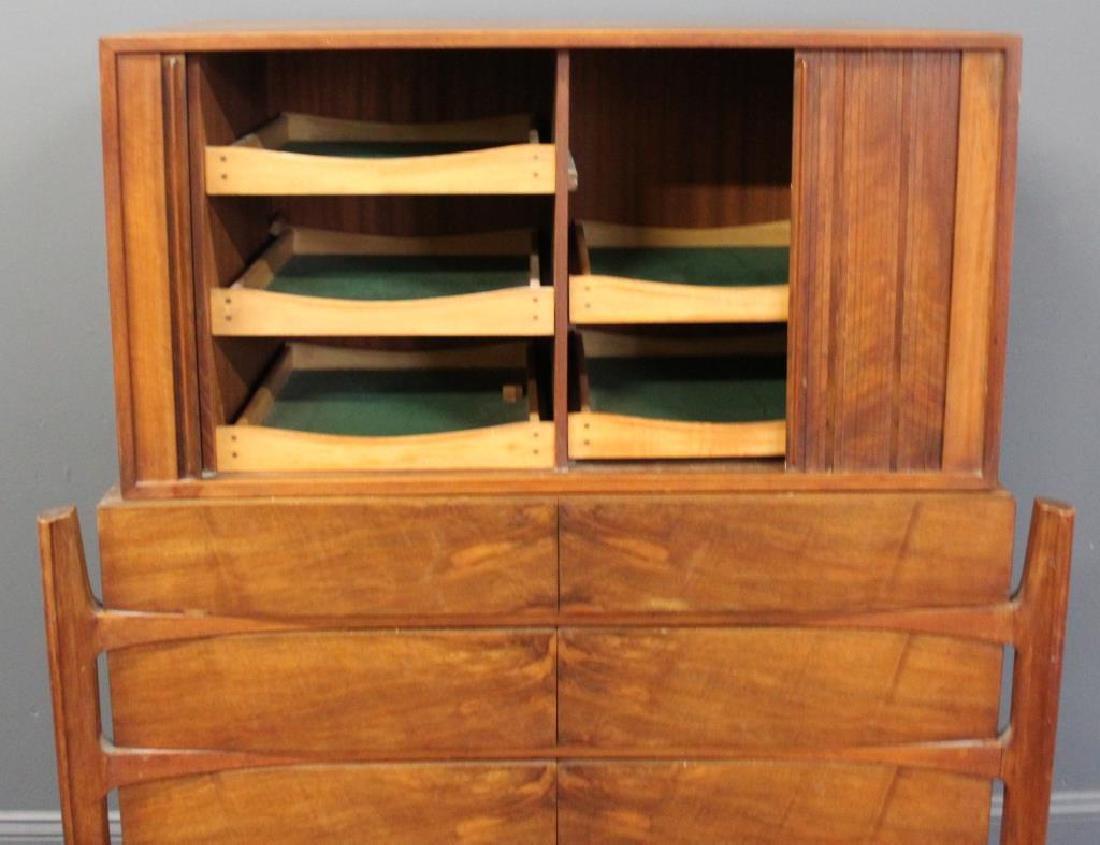 MIDCENTURY. Edmund Spence Curved Dresser - 2
