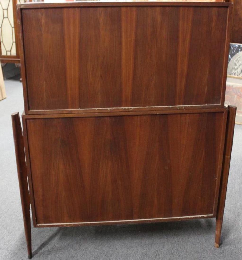 MIDCENTURY. Edmund Spence Curved Dresser - 6