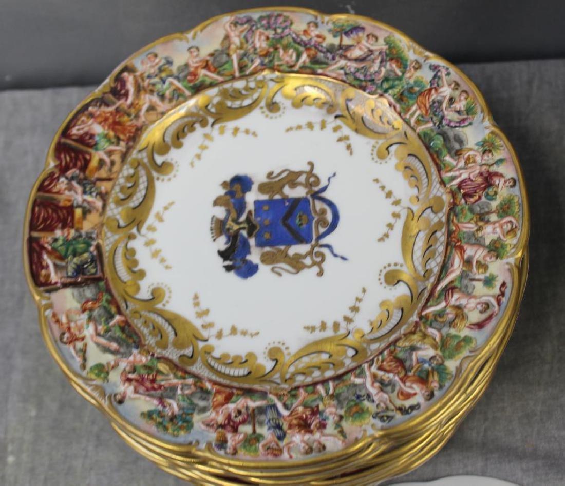 CAPO Di MONTI. Porcelain Armorial Plates & Bowls. - 3