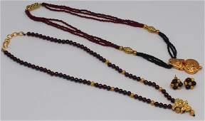JEWELRY. Indian 21kt Gold and Garnet Jewelry