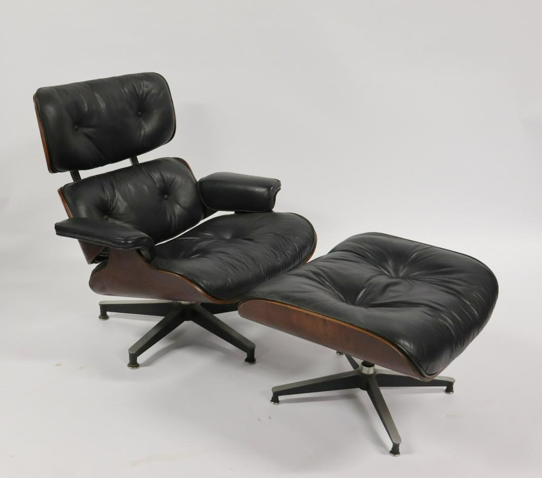 MIDCENTURY. Charles Eames Lounge Chair And