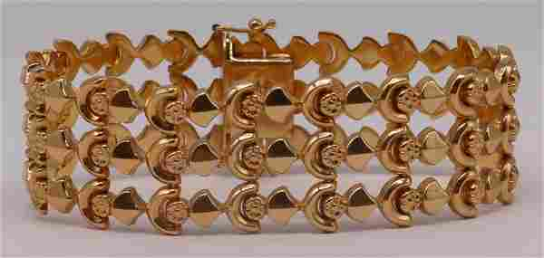 JEWELRY. Signed Italian 18kt Gold Bracelet.