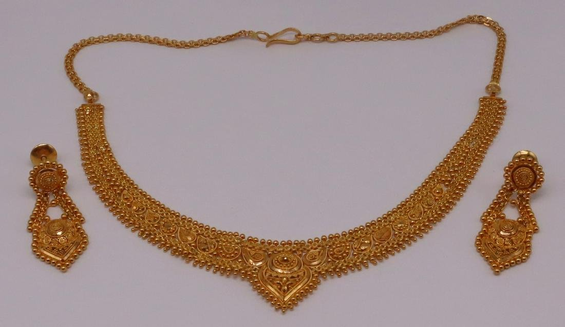 JEWELRY. Indian 22kt Gold Demi-Parure.