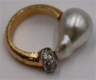 JEWELRY. Signed 18kt Gold Pearl and Diamond Ring.