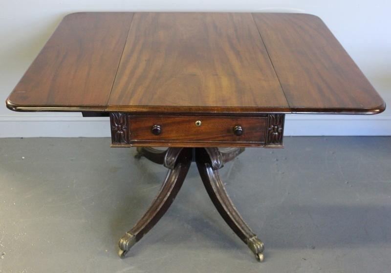 76: Mahogany Duncan Phyfe Style Drop Leaf Table.