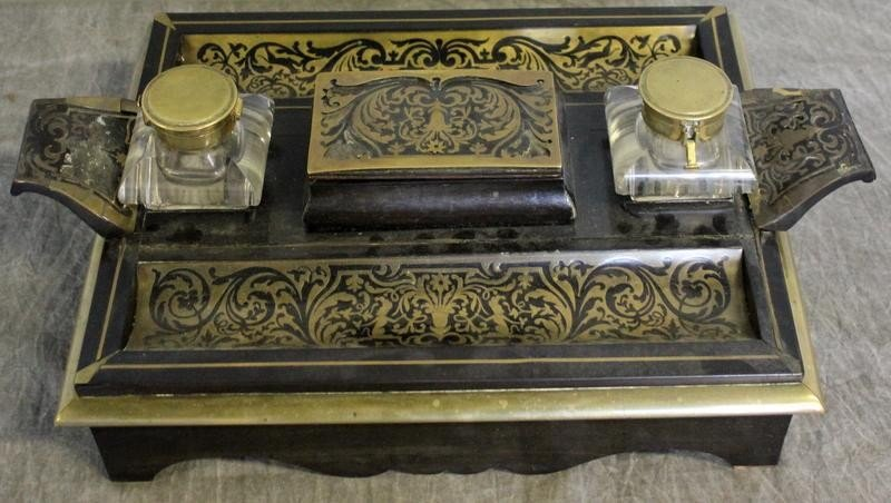 148: French Boulle Inkwell. As is.