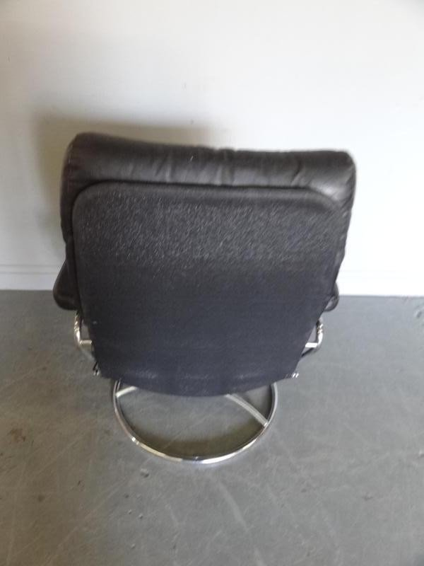 294: Ekornes Midcentury Leather Chair and Ottoman - 4