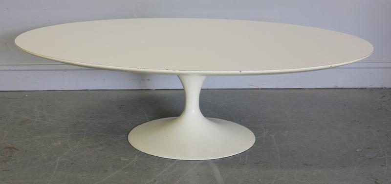 272: Midcentury Saarinen Tulip Base Coffee Table .