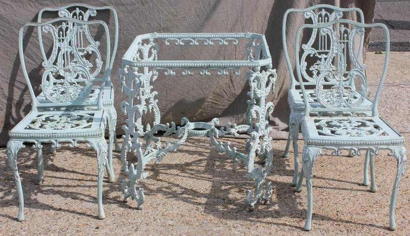 1B: 5 Piece Painted Outdoor Iron Set.