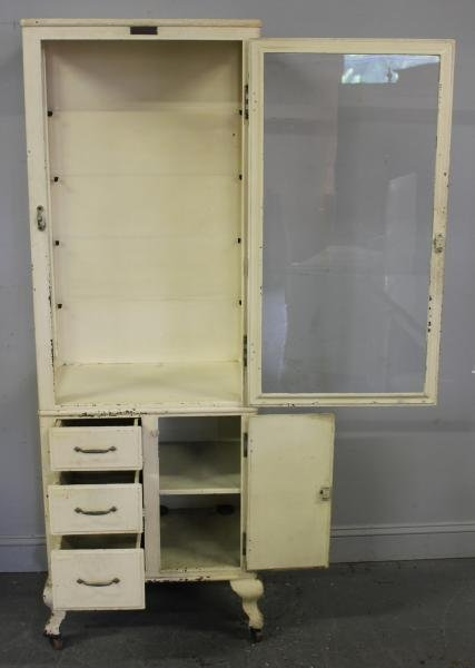 325: Vintage Industrial Medical Cabinet. - 4