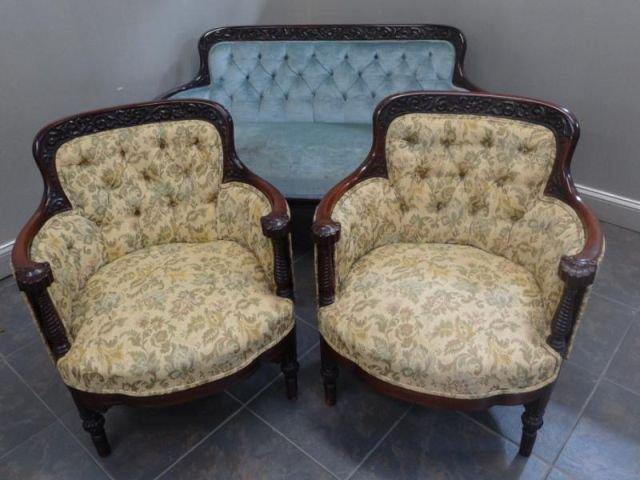125: Horner? 3 Piece Carved & Upholstered Parlor Set.