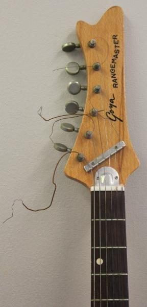 Goya Rangemaster Electric Guitar with Companion - 7