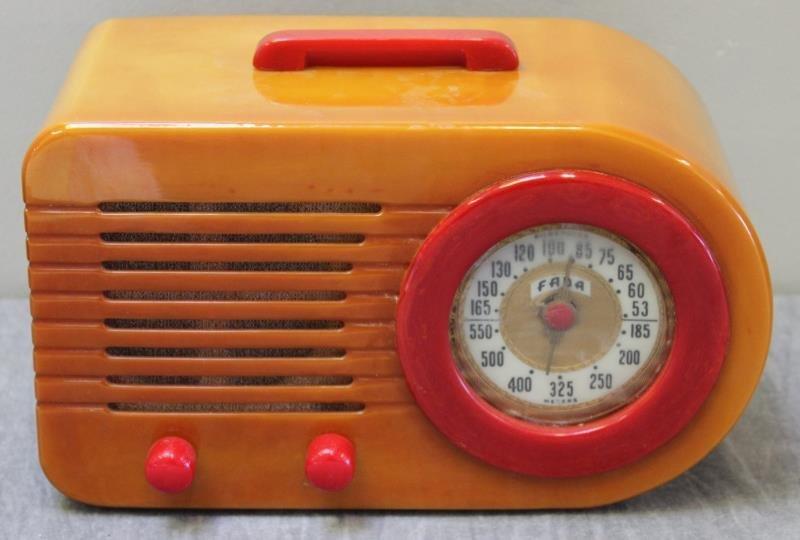Fada Catalin Bullet Radio.