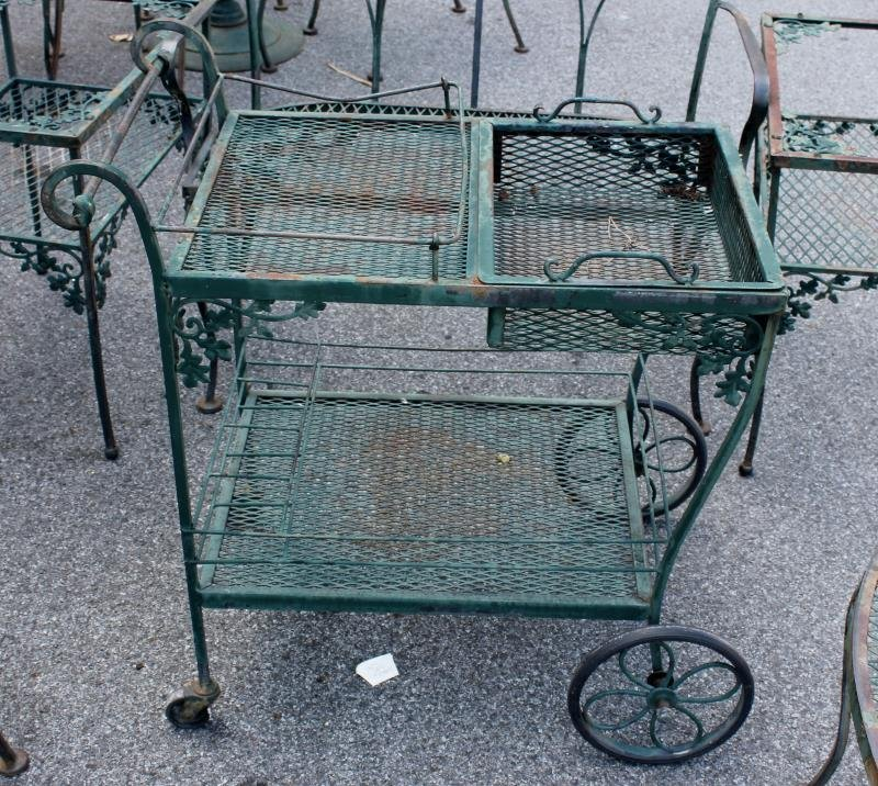 Vintage Woodard Wrought Iron Furniture Lot. - 2
