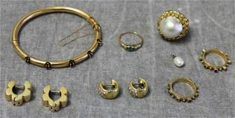 JEWELRY. Miscellaneous Gold Jewelry Grouping.