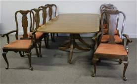 Henredon Banded Mahogany Dining Table & 6 Chairs.
