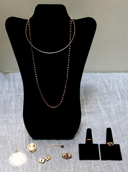 JEWELRY. Miscellaneous Gold Grouping.