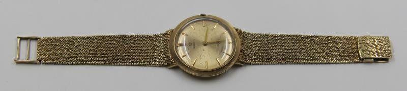 JEWELRY. Vintage Gentlemen's 14kt Gold Omega