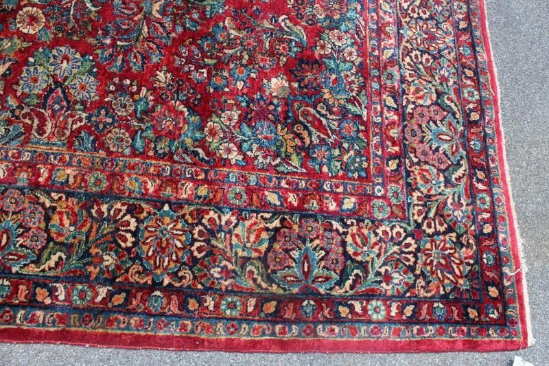 Finely Woven Antique Handmade Sarouk Carpet. - 4