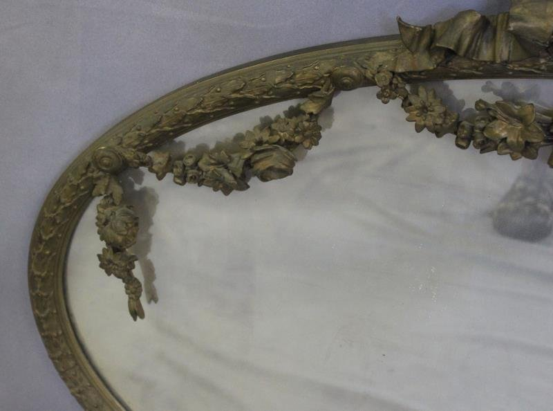 Antique Giltwood and Gessoed Oval Ribbon Mirror. - 3